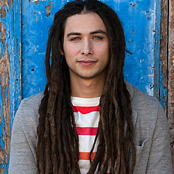 [CCM Magazine] Jason Castro: Mountain Climber