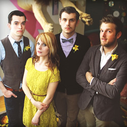 The Fringe Spotlight on MIKE MAINS & THE BRANCHES