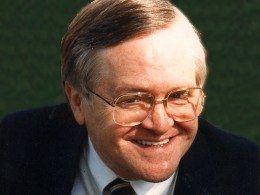 Instituto Bíblico Del Aire con Dick Woodward