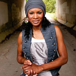 THE FRINGE Spotlight: Nicole C. Mullen