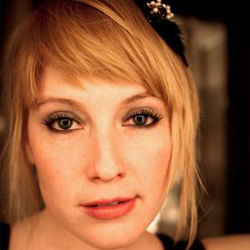 Brett Manning Studios: Leigh Nash Gives Vocal Lessons