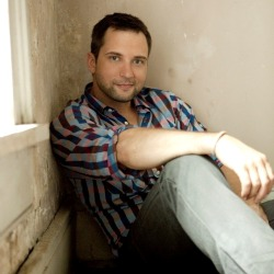"Look at the Lyrics™: ""Give Me Your Eyes"" by Brandon Heath"