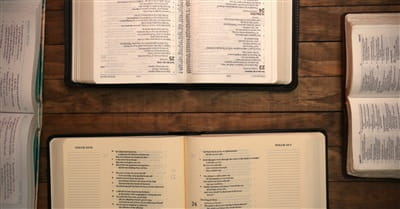 11 Steps for Studying the Bible in Community