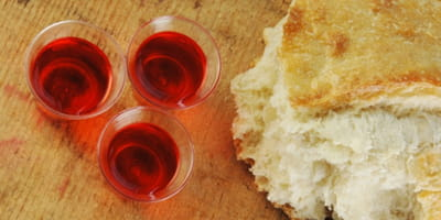 Why Only Baptized Christians Should Take Communion