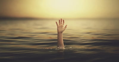 12 Tips for Surviving When You Feel Like You're Drowning