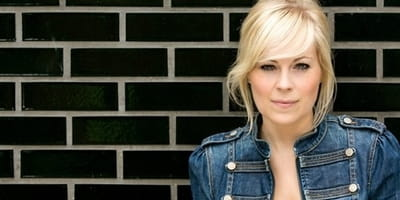 Does It Matter that Christian Singer Vicky Beeching is Gay?
