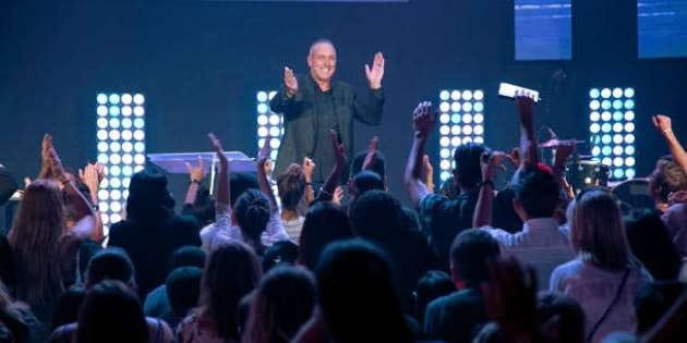 Hillsong-Brian-Houston630315