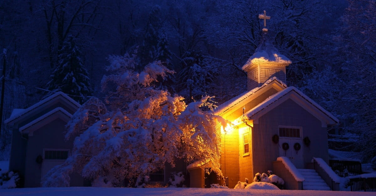 snowy church and xmas - photo #20