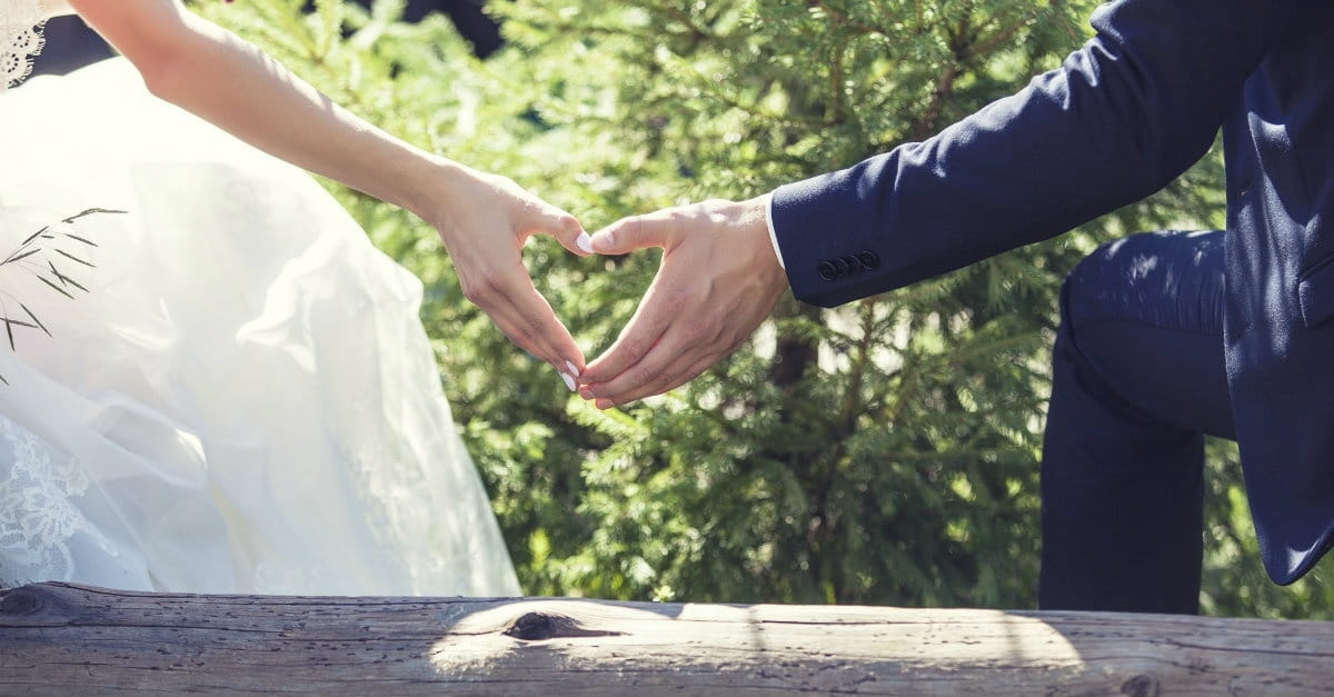 10 Lies the World Spreads about Marriage