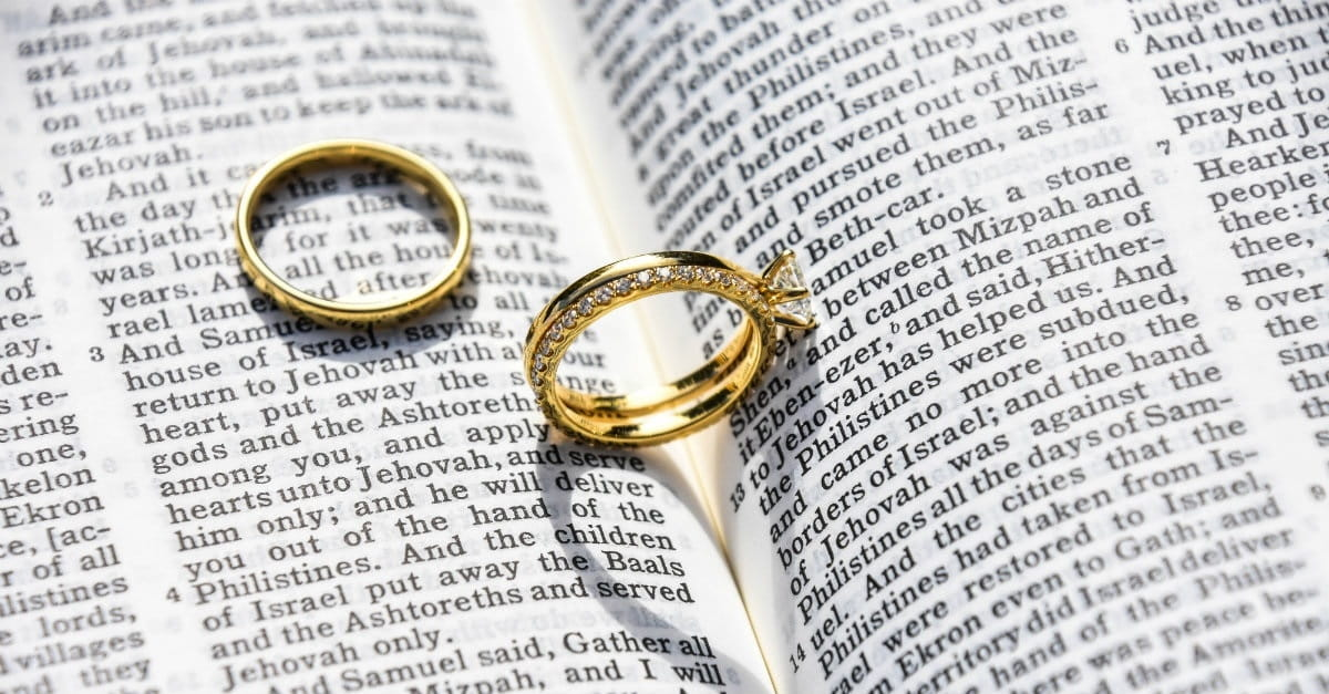 4 scriptures to with newlyweds christian engagement