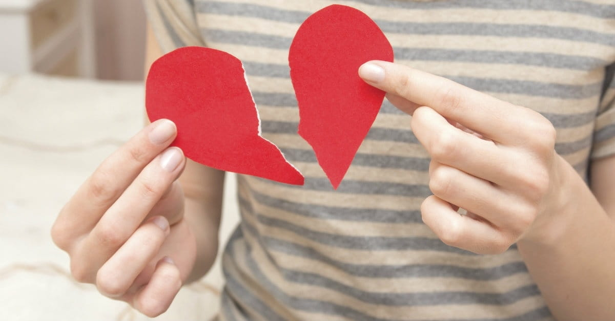 How to Deal with a Breakup When You're Still in Love