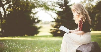 10 Scriptures to Keep in Front of You throughout the Day
