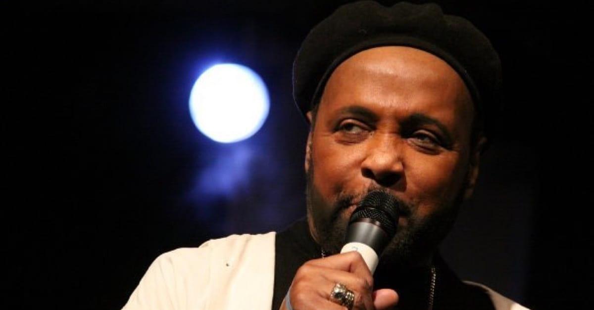 Legendary Gospel Singer Andraé Crouch Dead at 72