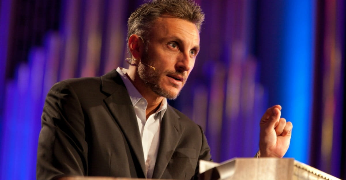 Tullian Tchividjian Resigns from Florida Megachurch after Admitting to Affair