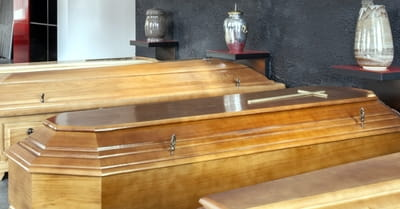 Should Christian Families Bury or Cremate?