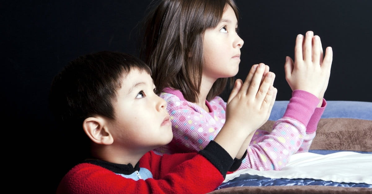 What to Pray with Kids at Bedtime