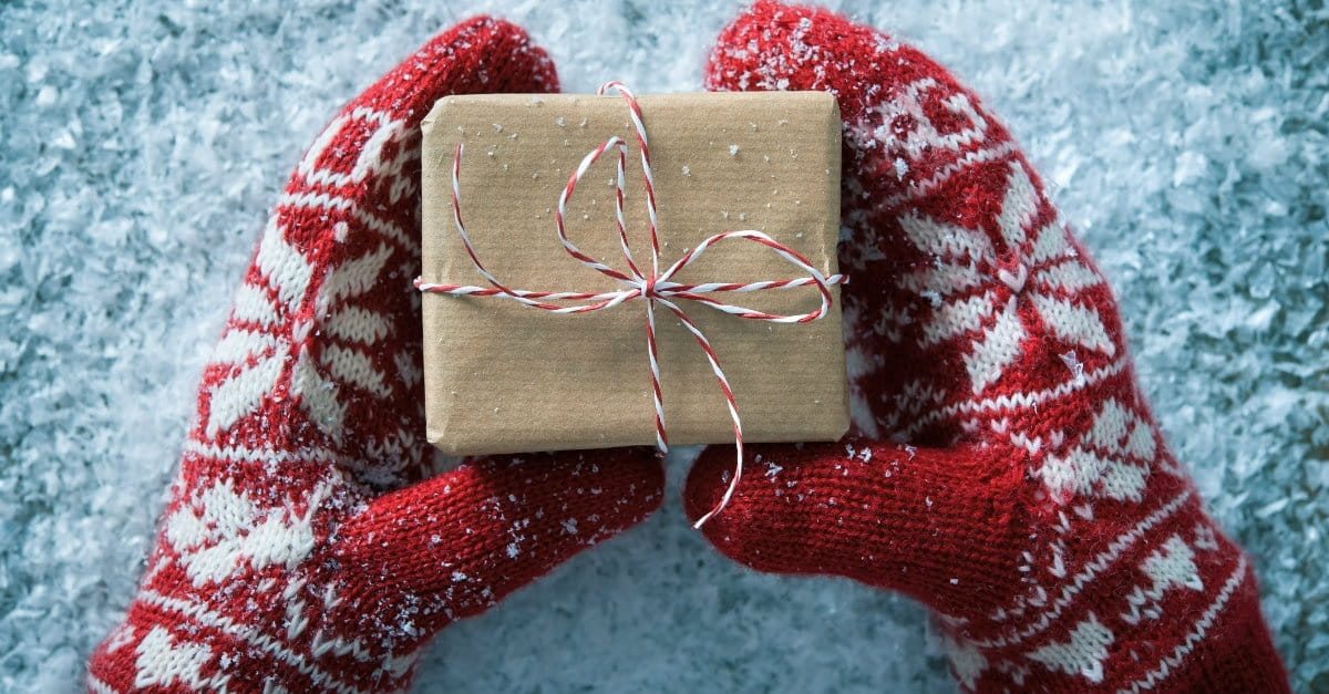 15 Ways to be Gracious, Not Greedy, This Christmas