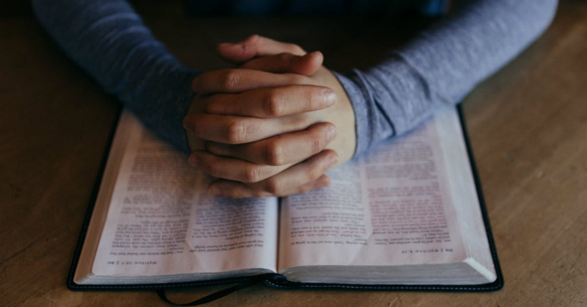 9 Simple Ways to Make Your Bible Reading Easier