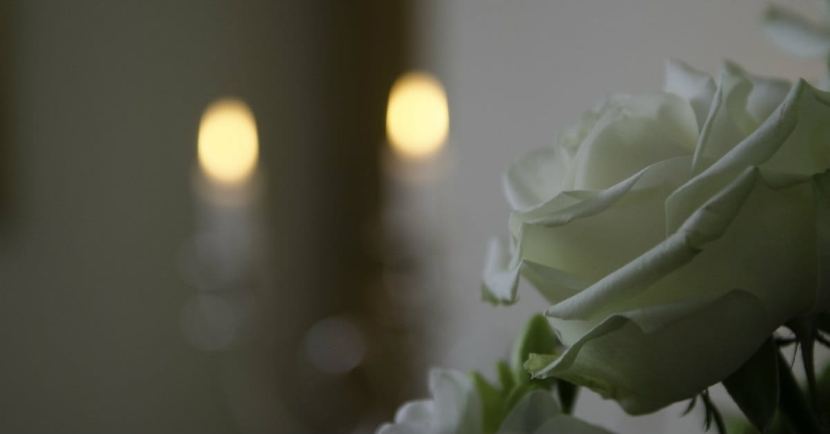 Why Every Person Should Attend a Funeral Once a Year