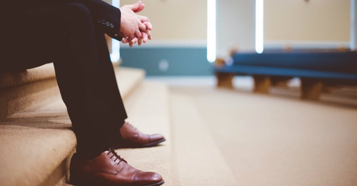7 Ways to Love Your Pastor