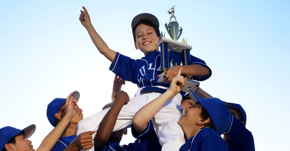 what makes a winning sports team What makes a nightmare sports parent -- and what makes a great one share tweet post whether your child is just beginning t-ball or is a travel-team soccer all-star or survived the cuts for the high school win or lose, kids desire distance they make a rapid transition from athlete.