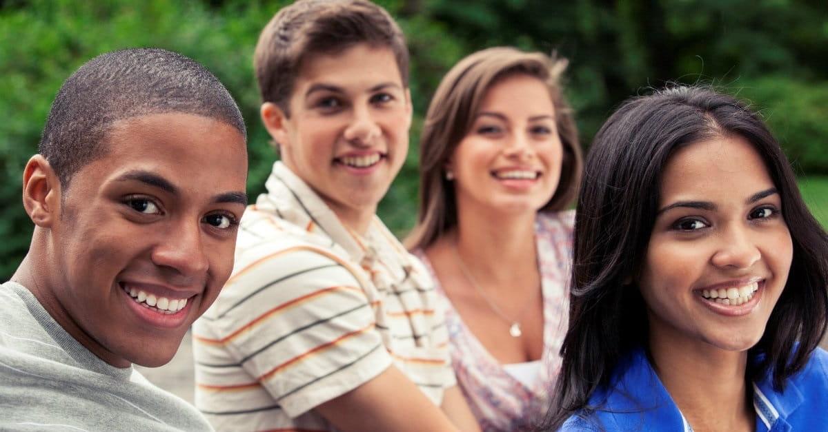 10 Scripture Verses Every Teen Should Memorize