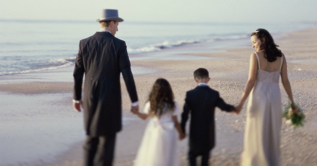 4 Things a Single Mom Needs to Consider before Getting Married