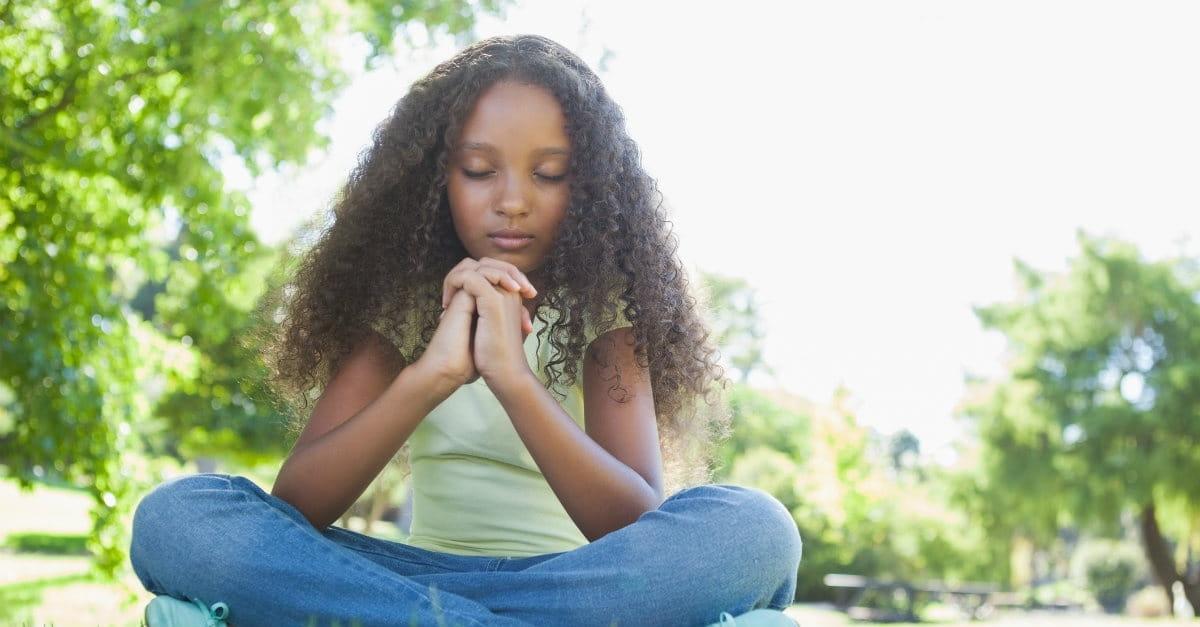 how to teach a dog to pray