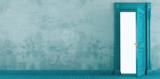 "3 Ways to Know If an ""Open Door"" is from God"