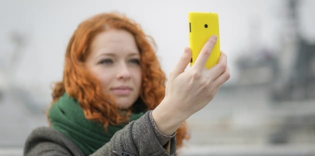 Why We Need to Stop Selfie Shaming Women