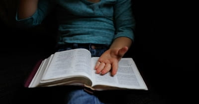Advent Prayers to Pray with Your Children
