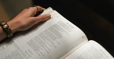 10 Verses of Encouragement from the Old Testament