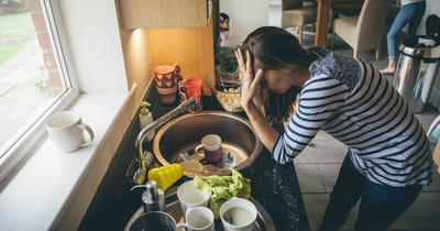 4 Simple Tips to Rescue Stressed Out Moms
