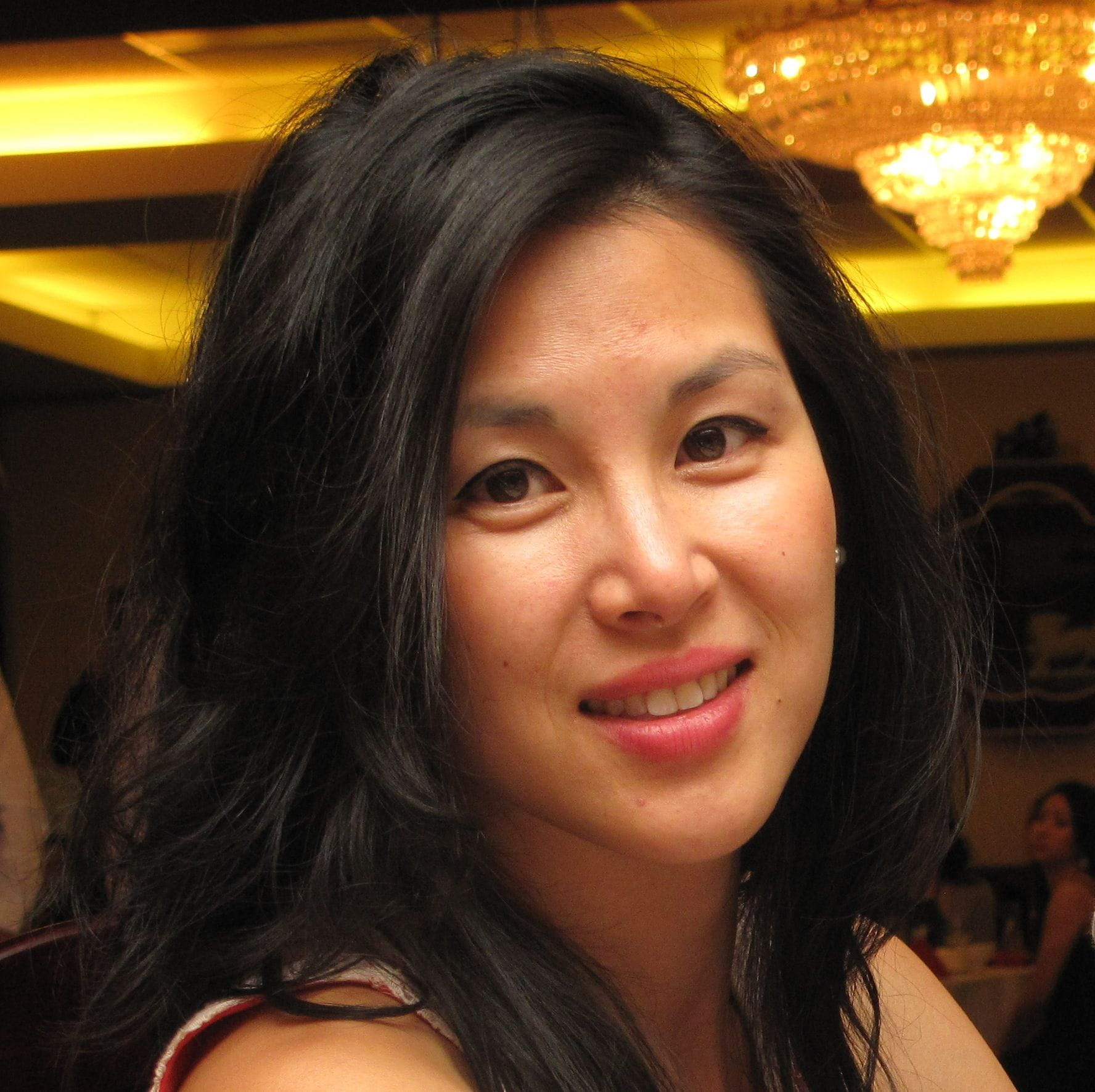 Julia Cheung Headshot