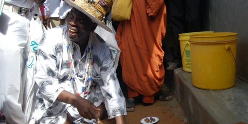 As Churches Take Measures to Prevent Ebola, Traditional Healers Ply Herbs