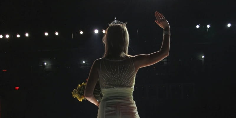 Teen in Foster Care Wins Miss Alabama Pageant -- And A New Family