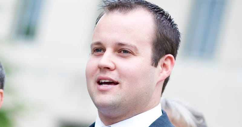 Josh Duggar Done with Rehab, Returns Home to Family