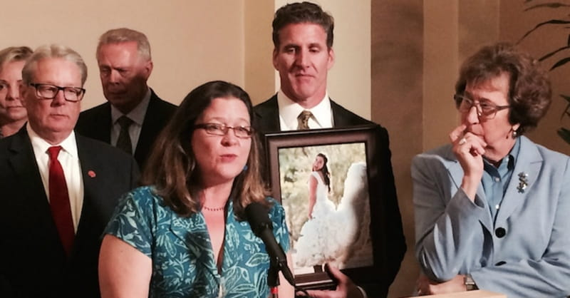California Governor Signs Right-to-Die Bill Sought by Brittany Maynard