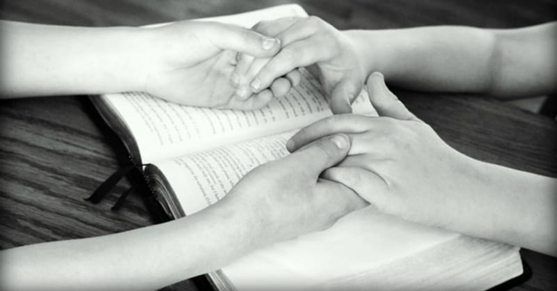 Tennessee School District Bans Bible Distribution Because It is 'Unconstitutional'
