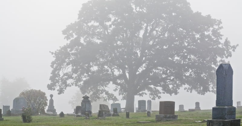 Pastor John Piper: Christians Should Choose Burial over Cremation
