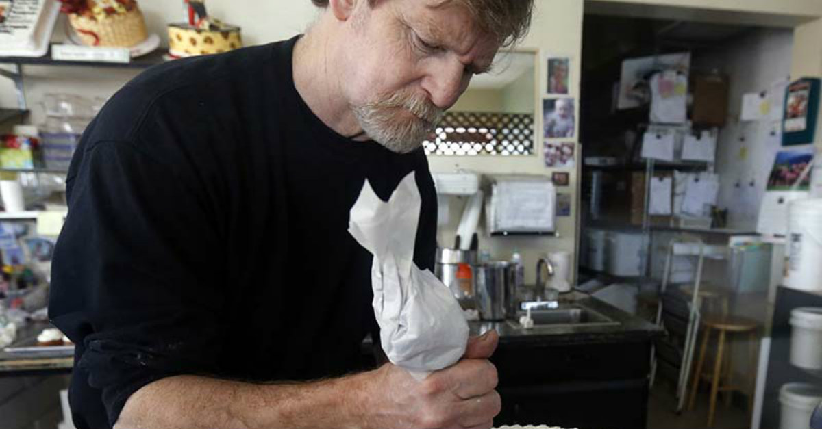 Colorado Christian Baker Receives Award for 'Courage in the Face of Power'