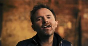 Chris Tomlin - I Lift My Hands (Official Music Video)