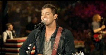 Jeremy Camp - Overcome (Official Music Video)