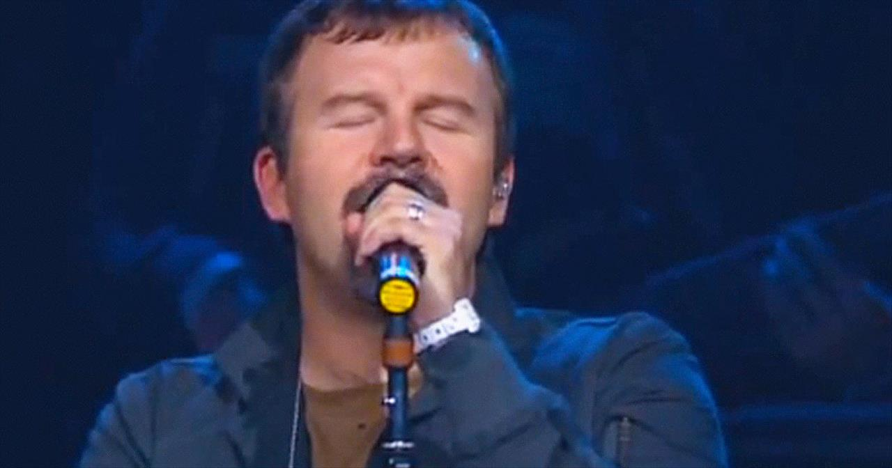 Casting Crowns - Praise You In This Storm (Live)