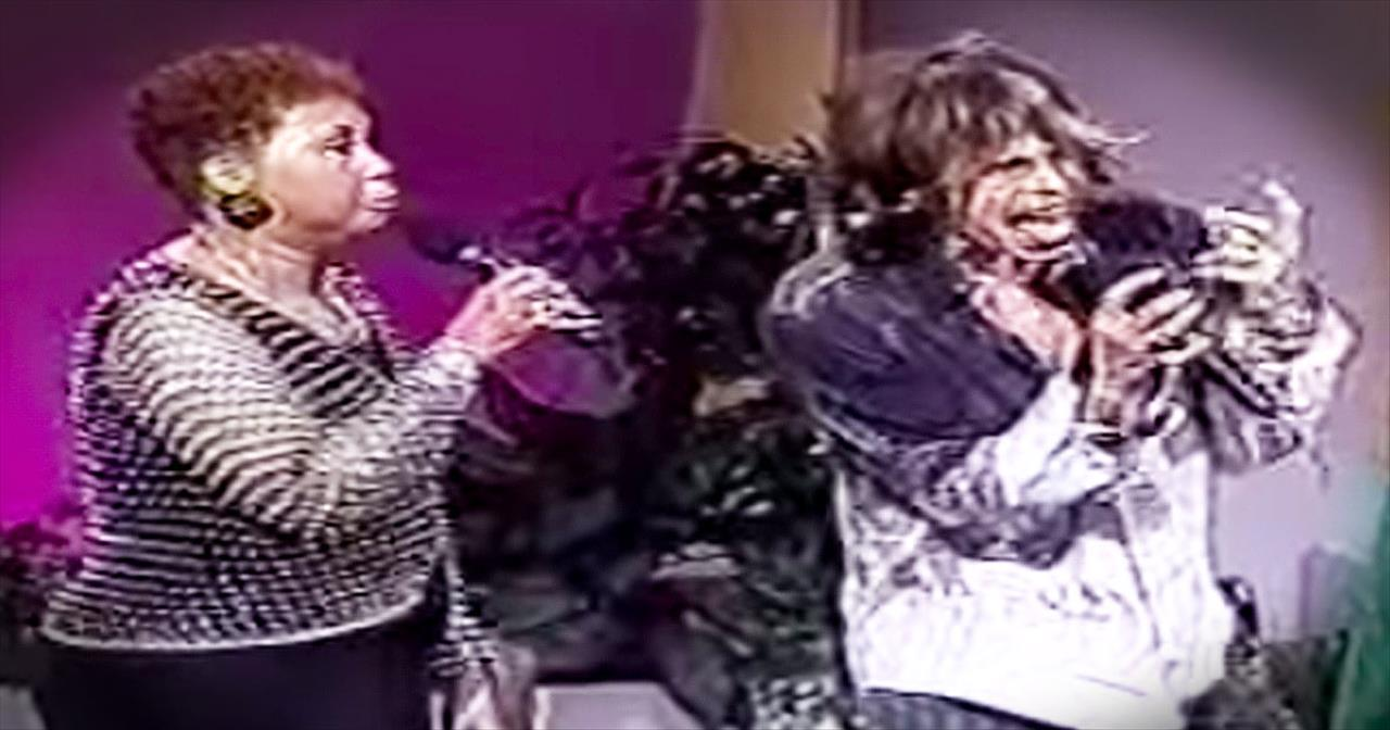Aerosmith's Steven Tyler Sings Goosebump-Inducing 'Amazing Grace'