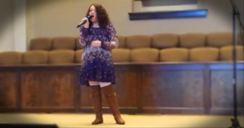 Amazing 13-Year-Old Singer from Alabama