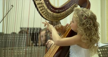 When You Hear this Angel Playing a Harp, You'll Think You've Gone to Heaven