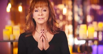 'Pray For Peace' - Powerful Plea From Reba McEntire