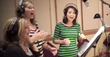 This A Cappella Medley Will Transport You Back In Time With These Awesome Childhood Favorites!