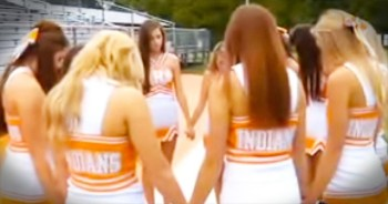 These Cheerleaders Took A STAND For God. And Now I'm Praying Along With Them!